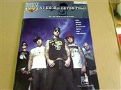HAL LEONARD Percussion Part/Accessory AVENGED SEVENFOLD DRUM BOOK
